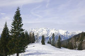 Mountains under snow in the winter. Ski resort Schladming . Austria — Stock Photo