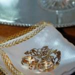 Wedding rings — Stock Photo #3758068