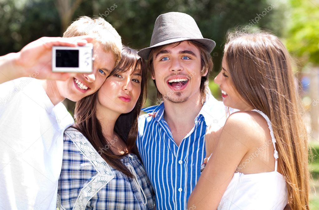 Group of College students standing together taking a self portrait  — Foto Stock #3078231
