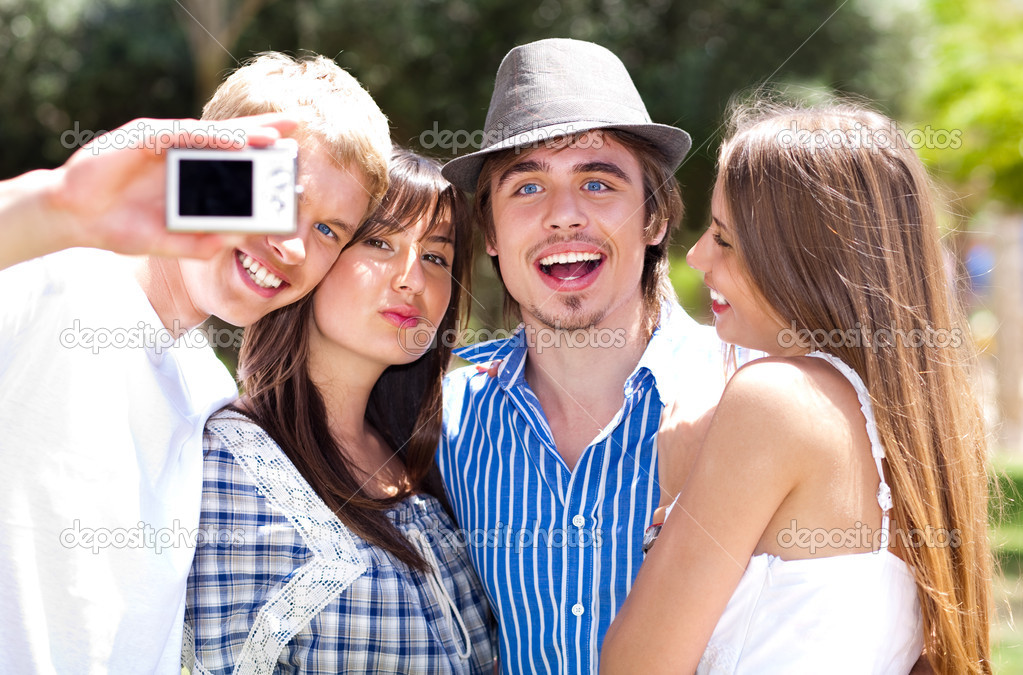 Group of College students standing together taking a self portrait  — Stockfoto #3078231