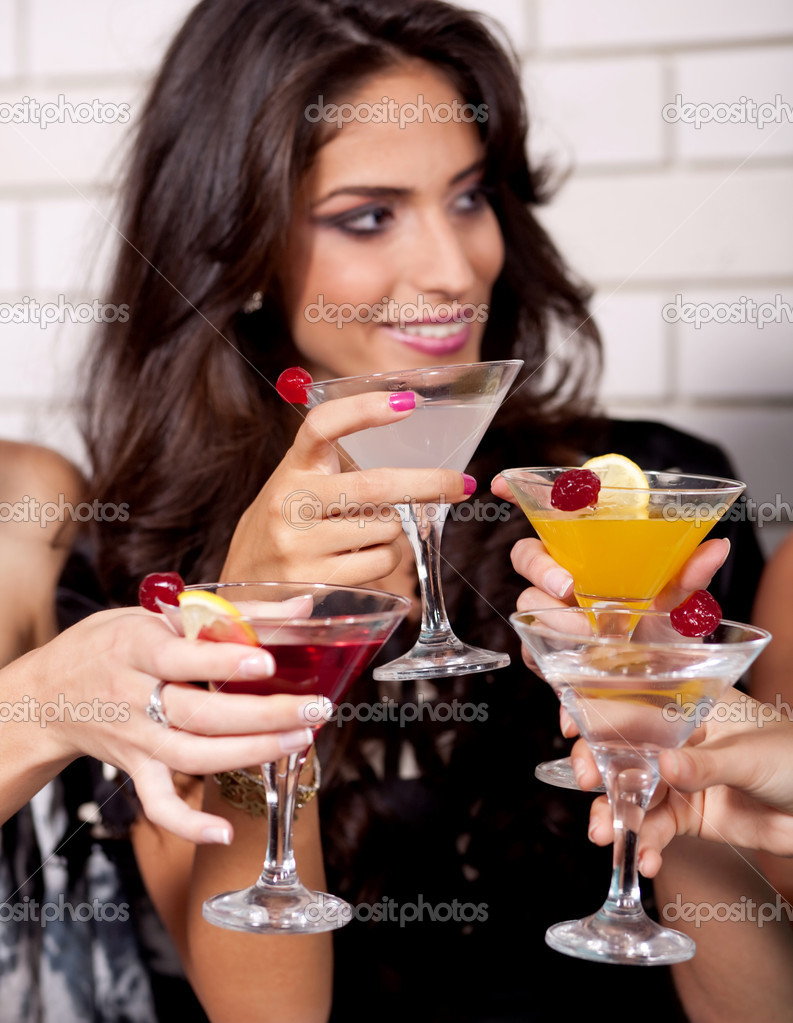 Beautiful woman cheering in the cocktail party at disco club — Stock Photo #3309330