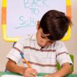 Retrato de un joven escribiendo notas — Foto de Stock