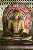 Ancient Buddha image in Dambulla Rock Temple caves, Sri Lanka — Stock Photo