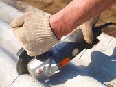 Cutting slate elektrichesikim tool — Stock Photo
