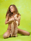 Nude girl covered with fox fur — Stock Photo