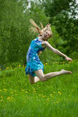 Jumping teen girl — Foto de Stock