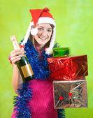 Schönes mädchen mit champagner — Stockfoto