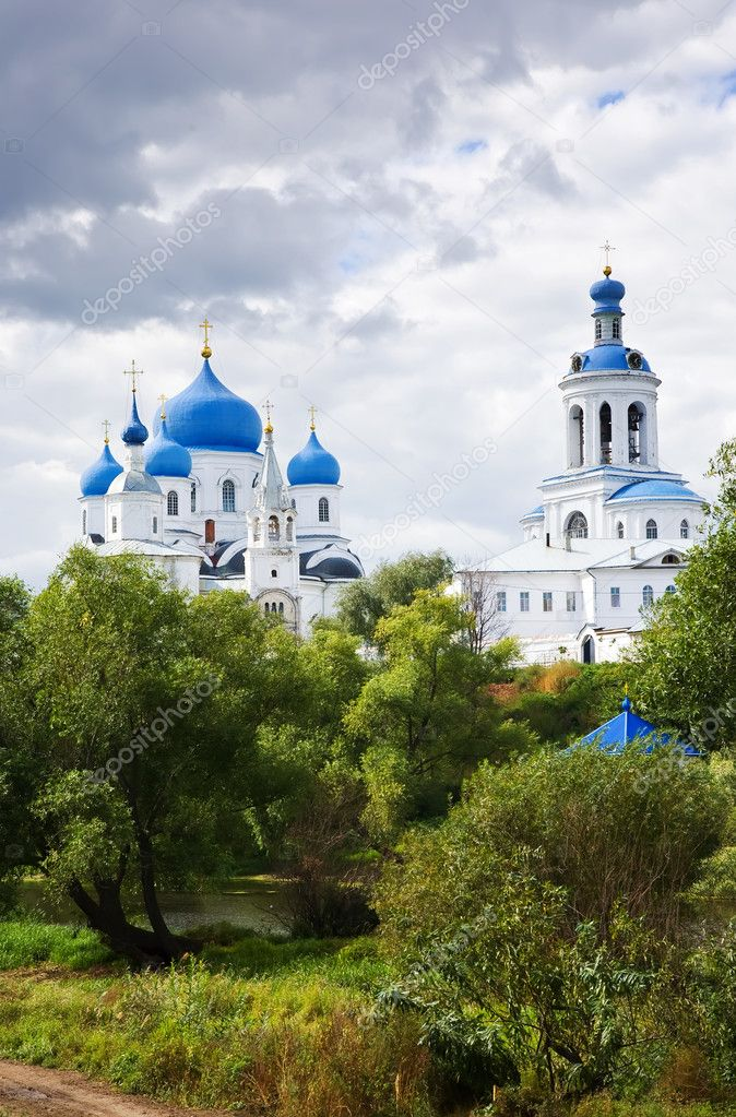 Orthodoxy monastery in Bogolyubovo in summer day (Russia) — Stock Photo #3816035