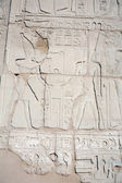 Hieroglyphic relief in the Temple of Karnak — Stock Photo