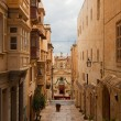 straat in oud valletta — Stockfoto