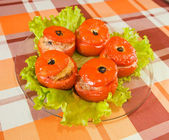 Cooked baked stuffed tomato — Stock Photo