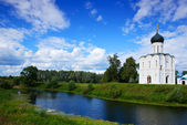 Church of Intercession on River Nerl — Stock Photo