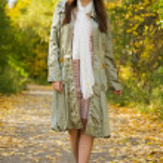 Girl walking in autumn — Stock Photo #4832577