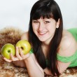 Woman with two apples — Stock Photo #2926355