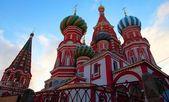 Tempio di san basilio, piazza rossa. mosca, russia. crepuscolo. — Foto Stock