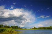 Lake coming soon storm — Stock Photo