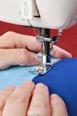 Hands seamstress — Stock Photo