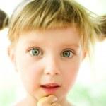 Ritratto di Close-up di una ragazza — Foto Stock