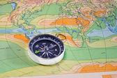 Kaart en een kompas — Stockfoto