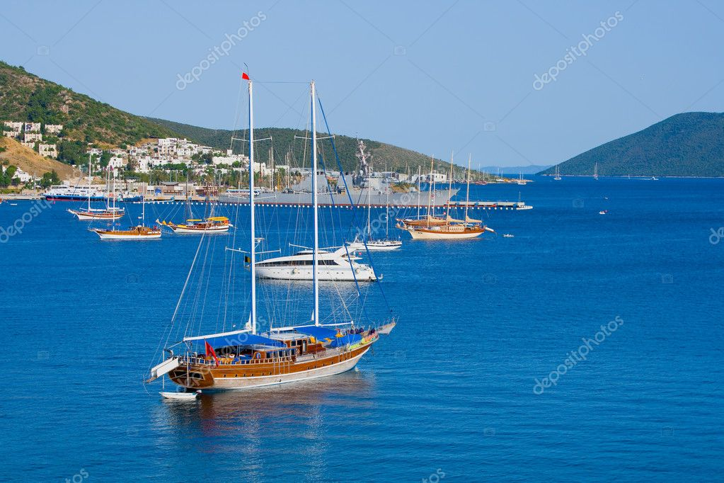  landscape with yacht  Stok fotoraf #3541793