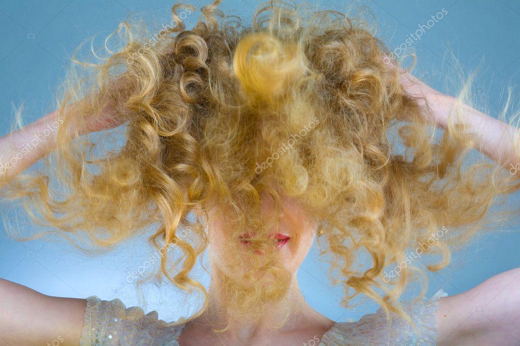 как называется прическа из спутанных волос