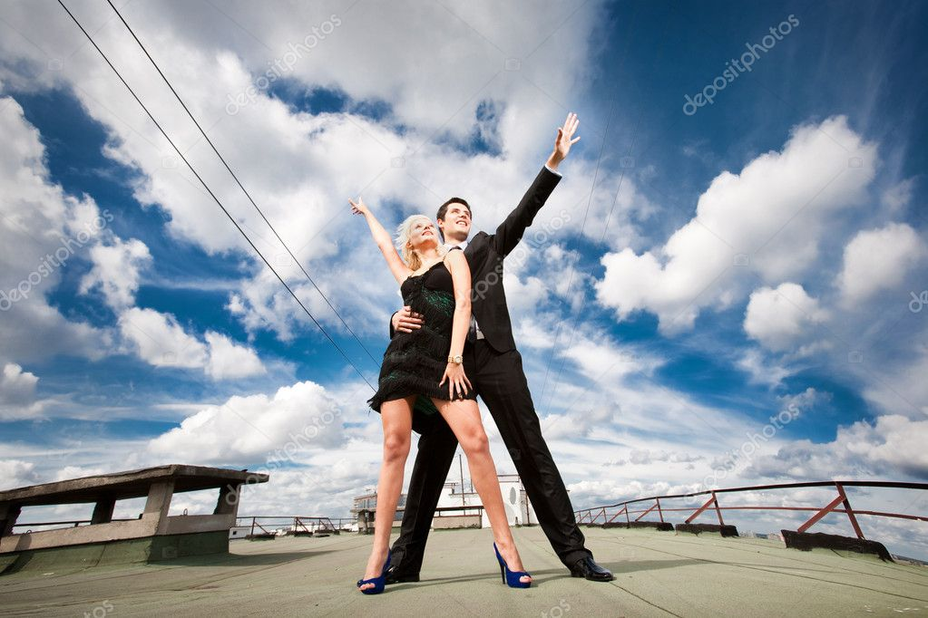 Young love Couple smiling under blue sky — Stock Photo #4708187