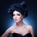 Closeup portrait of a beautiful young woman. Fashion art photo — Stock Photo #4712145