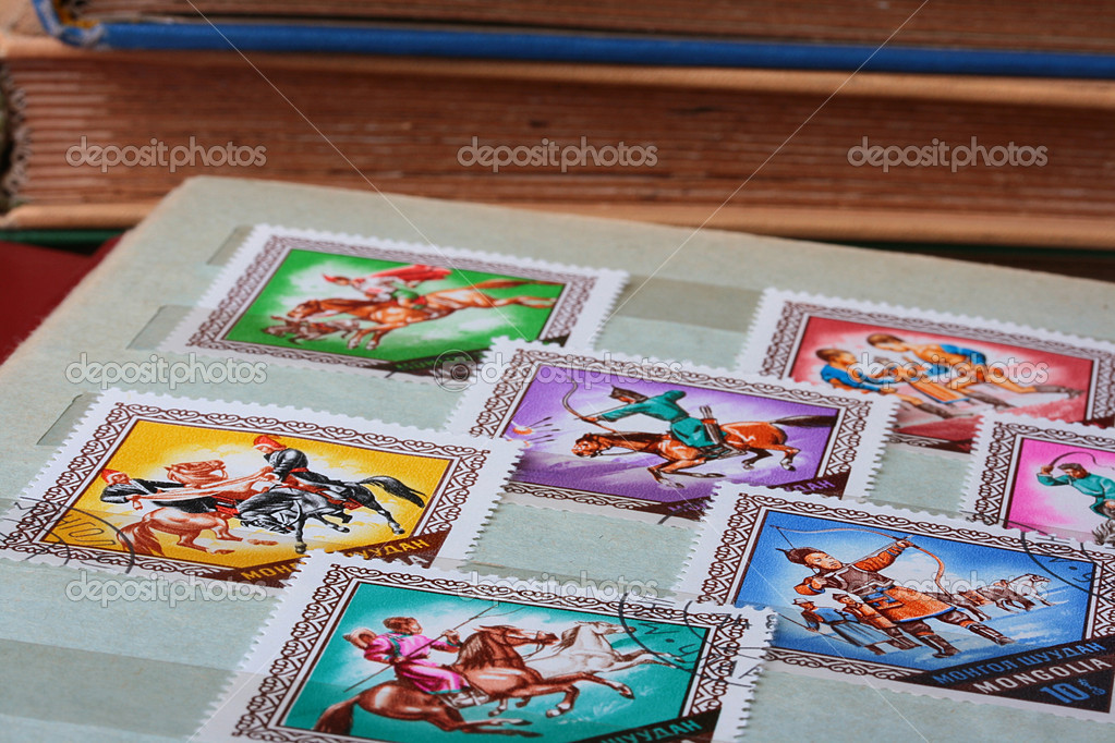 Poland - CIRCA 1970: A stamp is printed in Mongolia, National games, let out CIRCA in 1970. — Stock Photo #3561681