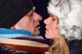 зимой пару — Стоковое фото