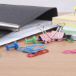 Stationeries on a table - Foto Stock