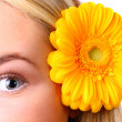 Eye woman and flower — Stock Photo #2810117