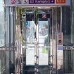 nowoczesne windy dla inwalidów — Zdjęcie stockowe