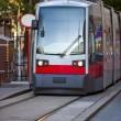 nowoczesny tramwaj — Zdjęcie stockowe