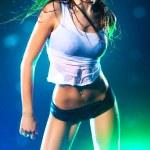 młoda kobieta sexy taniec — Zdjęcie stockowe