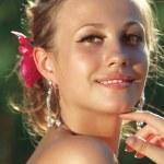 Retrato de mujer joven — Foto de Stock   #3739754