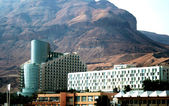Modern hotels ashore the Dead sea — Stock Photo