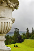 Sculptured flower vase at Powerscourt — Stock Photo
