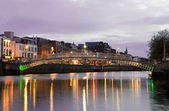The Hapenny Bridge - Dublin — Stock Photo