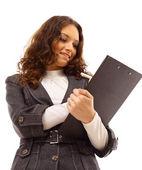 Femme d'affaires jeune avec un étui de carte — Photo