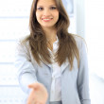 ポインターが開いた手の握手のための準備を持つ女性 — ストック写真