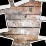 Blank Photos on Wooden Wall — Stock Photo #2824285