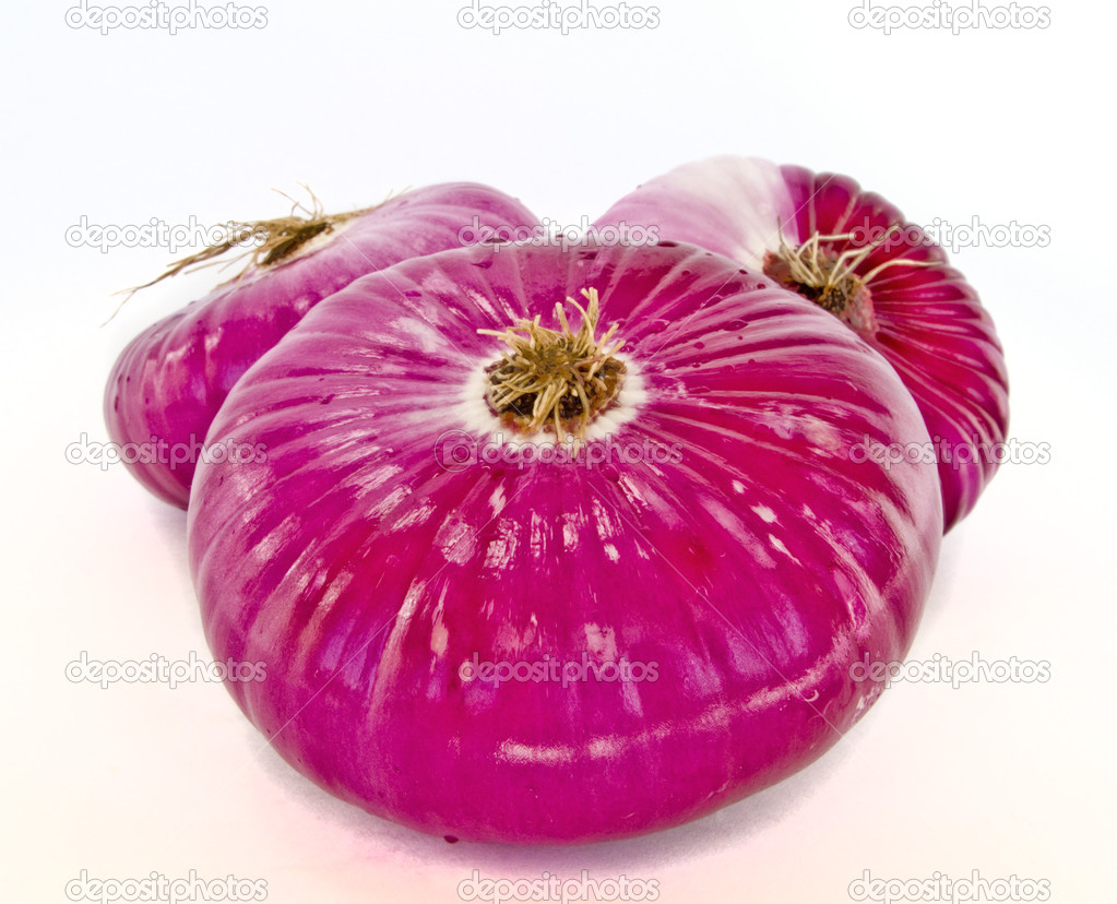 Sweet red onions isolated on a white background  Stock Photo #2914406