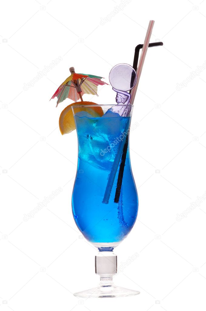 Blue lagoon cocktail (rom, liqueur, lemon fresh ) — Stock Photo #4318743