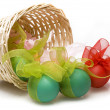Easter eggs in basket - 图库照片