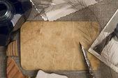 Eski kartpostal ve fotoğraflar ile antika arka plan — Stok fotoğraf