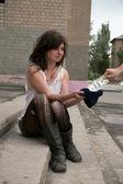 Homeless girl — Stock Photo