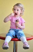 Girl and ice cream — Stock Photo