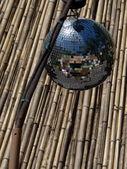 Spiegel ball — Stockfoto