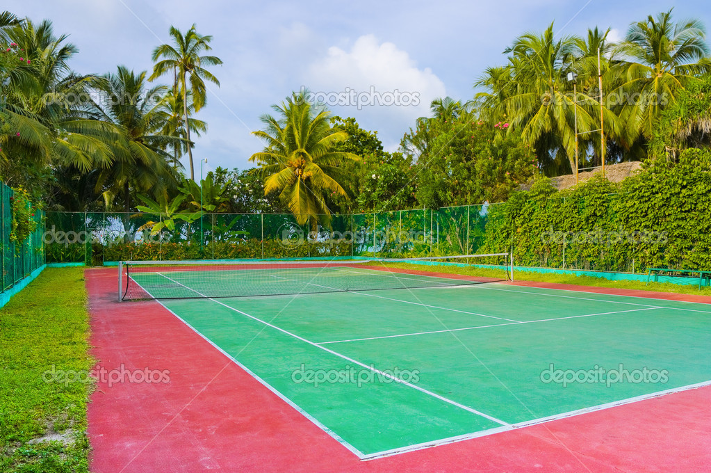 Tennis court on a tropical island - sport background — Stock Photo #4267567