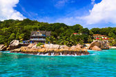 Hotel at tropical beach, La Digue, Seychelles — Stock Photo
